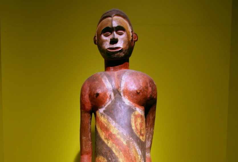 Wooden sculpture by Amogdu Abiriba, Cross River region, Nigeria, Early to mid-20th century. Photo by Cliff.